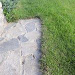 Rasenkante Steinplatten